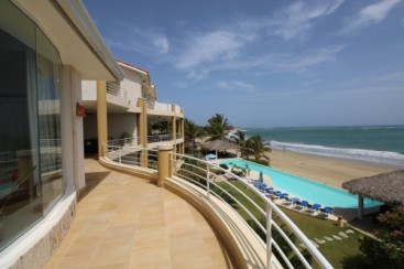Fantastic 3 Bedroom Beach Front Condo in Cabarete