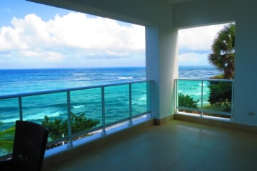 Stunning beachfront 5 bedroom duplex penthouse in Sosua
