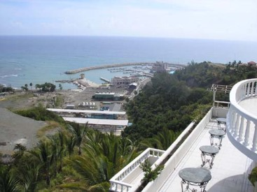 Large hotel with 95 rooms Puerto Plata