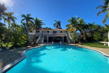 Beachfront Villa for sale inside Lifestyle Resort Puerto Plata