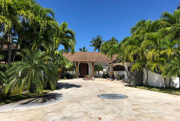 Luxury Villa with 5 bedrooms near Cabarete