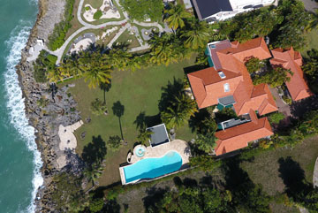 Gorgeous oceanfront villa in exclusive gated community