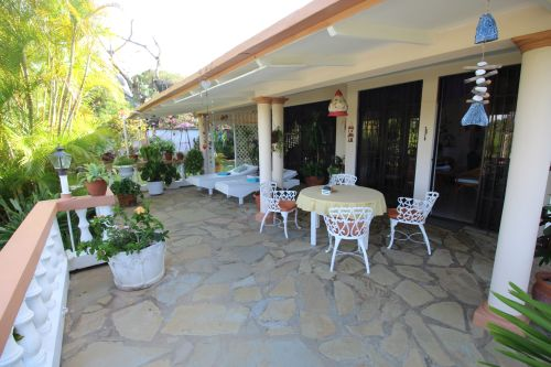 #1 Family villa located in quiet residential area