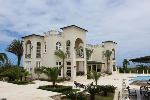 #7 Extraordinary 10 Bedroom Mansion with Ocean View