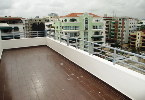 #1 Spacious 3 bedroom duplex condo in Santo Domingo Bella Vista Norte
