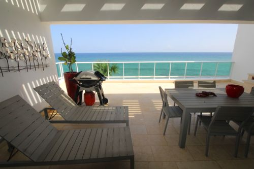 #8 Amazing 5 bedroom oceanfront penthouse in great location