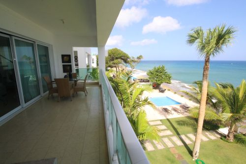 #7 Amazing 5 bedroom oceanfront penthouse in great location