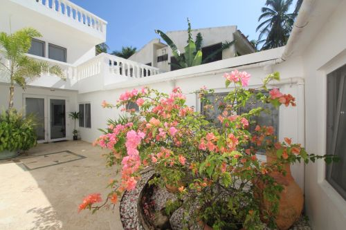 #2 Excellent commercial property in the heart of Cabarete