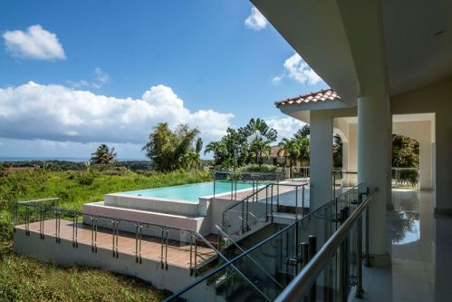#16 Luxury Private Villa with Breathtaking Ocean View
