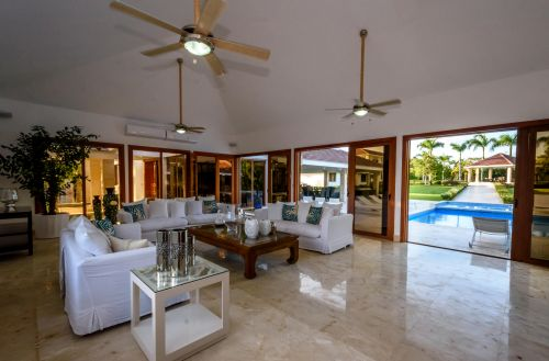 #2 Luxury mansion in a prestigious gated oceanfront community