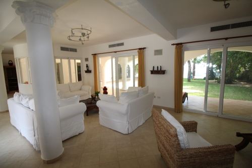 #10 Beachfront Villa with 5 bedrooms in Sosua