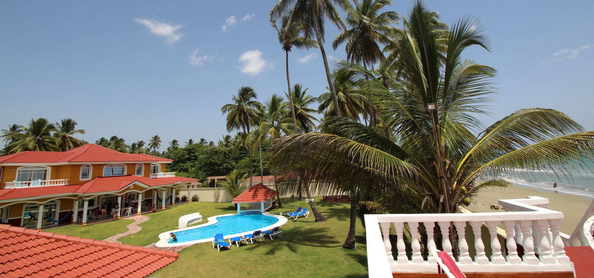 #0 Beautifully designed beachfront villa with 5 bedrooms and Guesthouse