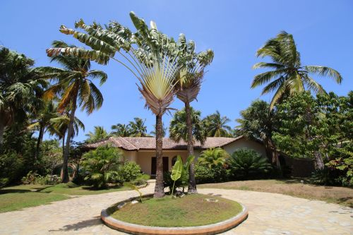 #0 Large villa in beachside, gated community
