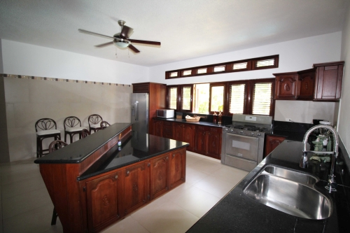 #4 Impressive two storey villa in exclusive gated community