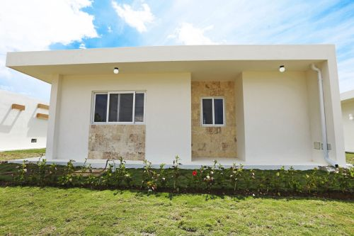 #1 New Build High Quality 1,2 and 3 bedroom villas in gated beachfront community