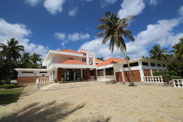 Superb luxury villa with excellent rental potential - Cabarete Real Estate