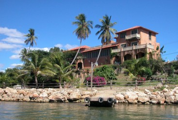 Gorgeous Seaside Mansion La Romana