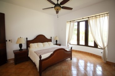 Mansion with 6 Bedrooms and over 11000 sq ft living area Sosua
