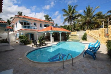 Excellent hotel or retreat opportunity in Cabarete