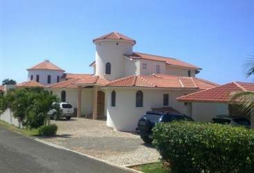 Villa with 4 bedrooms and ocean view in Lomas Mironas