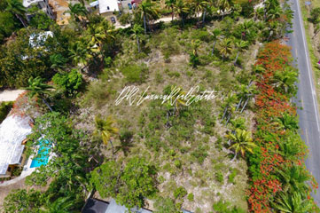 Commercial lot on main highway, close to downtown Sosua
