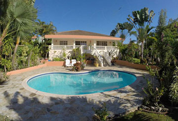 Lovely villa in popular project close to downtown Sosua