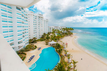 Stunning 2 bedroom beachfront condo in Juan Dolio
