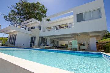 Modern and spacious villa in gated community Sosua
