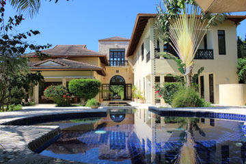 Luxury Caribbean home situated in a perfect location