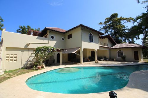 #3 Greatly reduced luxury villa situated in a perfect location