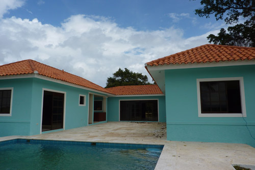 #3 Villas in oceanfront project at pre-construction prices