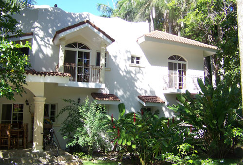 #9 Family villa in quiet location close to the beach