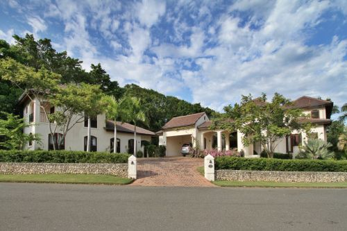 #0 Gorgeous 6 bedroom Villa inside beachfront community