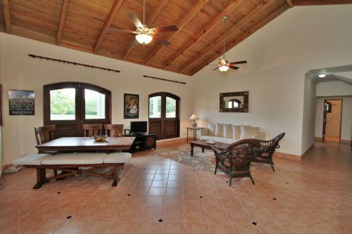 #5 Gorgeous 6 bedroom Villa inside beachfront community
