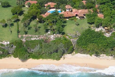 #9 Beachfront mansion with private beach in Cabrera