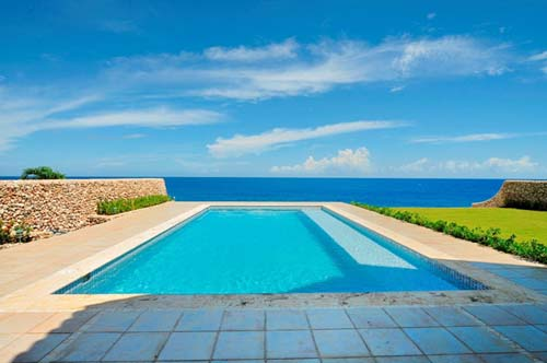 #8 Oceanfront Villa with spacious accommodation