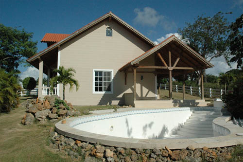 #2 Villa with 3 Bedrooms and pool Sosua