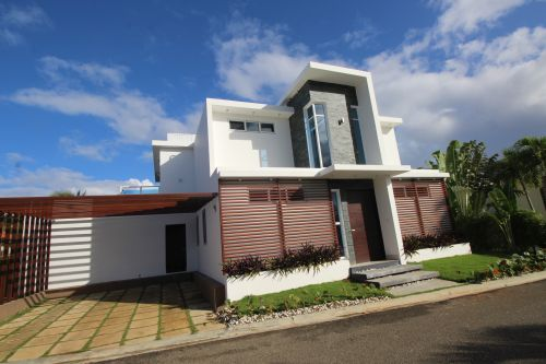 #1 Beautiful modern homes in a beachside community - Built to order