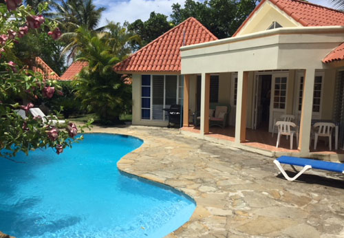 #3 Villa with 2 Bedrooms and Pool in popular gated community