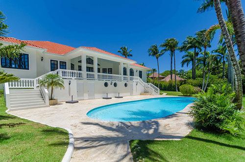 #1 Beautiful villa in a popular residential community