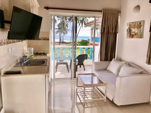 #11 Spacious villa with ocean view just steps from the beach