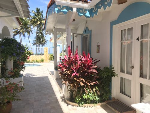#2 Spacious villa with ocean view just steps from the beach