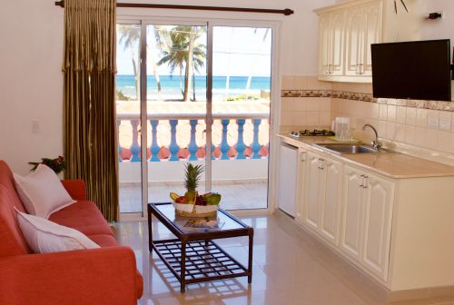 #7 Spacious villa with ocean view just steps from the beach