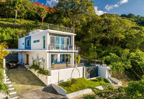 #1 Modern villa with four bedrooms for sale in Sosua