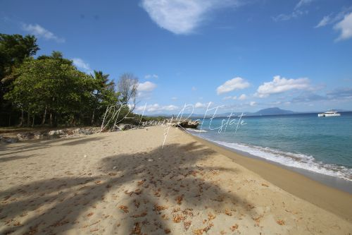 #1 Magnificent beachfront land perfect for residential development
