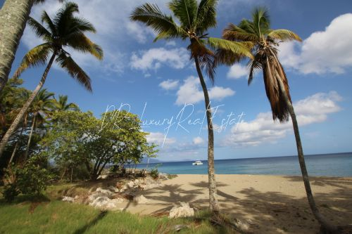 #3 Magnificent beachfront land perfect for residential development
