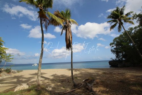 #5 Magnificent beachfront land perfect for residential development