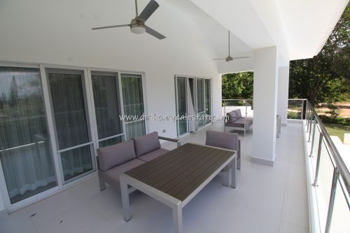 #11 Huge Modern Familiy Villa with Pool in gated development
