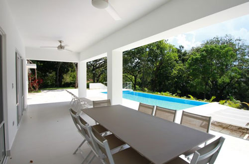 #4 Huge Modern Familiy Villa with Pool in gated development