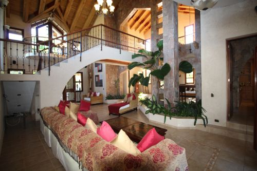 #1 Luxury mansion with magnificent tropical garden in select community